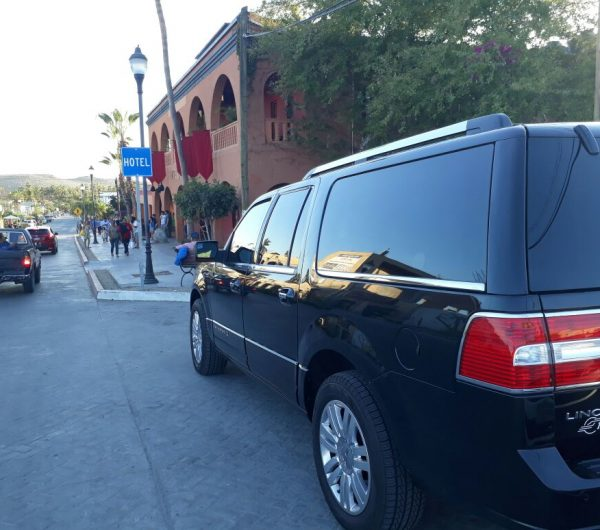 Private Shuttle Suburban ride in los cabos