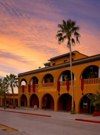 todos santos cabo airport private transfers